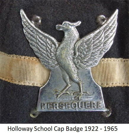 Holloway School Cap Badge 1922-1965